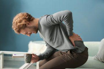 Tiểu buốt và đau lưng là bệnh gì? Phương pháp điều trị ra sao?